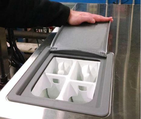 bac à lessive à quatre compartiments pour laveuse essoreuse inox Speed Queen SC60 à sceller